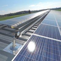 Horizontales Seilsicherungssystem ALTILIGNE bei VERTIC auf Photovoltaikanlage