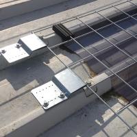 Befestigungsplatte von ALTIGRID Fallschutzgitter für Lichtelemente